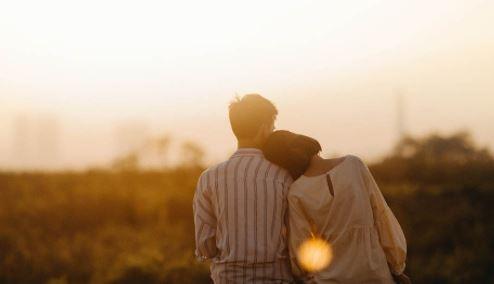 Honeymoon Planning Tips: हनीमून पर कपल्स अक्सर करते हैं ये 4 गलतियां, जानिए