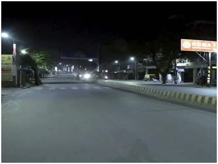 वाराणसी: शहर में लगा नाइट कर्फ्यू, वीकेंड लॉकडाउन पर भी लिया फैसला