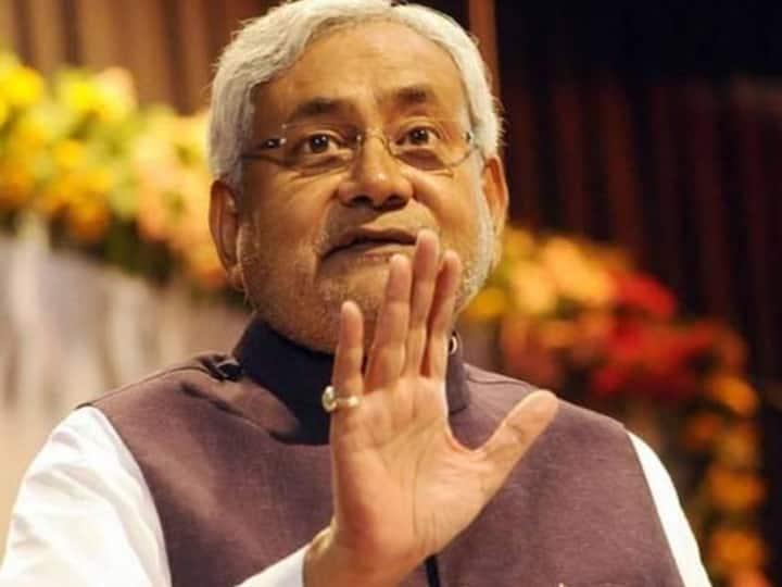 Bihar Lockdown: घबराएं नहीं! सबको मिलेगा रोजगार; CM नीतीश कुमार ने अधिकारियों को दिया ये निर्देश