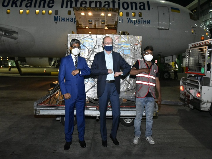 The first consignment of 184 oxygen concentrators from Ukraine arrived in India, the Ministry of External Affairs thanked