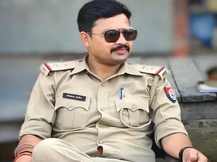 बस्ती: चौकी में विक्षिप्त की बेल्ट और बेंत से पिटाई, आरोपी दारोगा के खिलाफ कार्रवाई की मांग