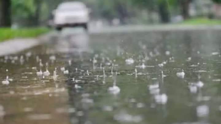 UP Weather Update: अगले कुछ घंटों में इन इलाकों में होगी बारिश, मौसम विभाग ने जताया अनुमान