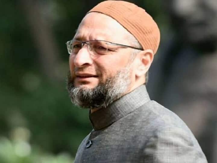 Asaduddin Owaisi targets Union Minister Hardeep Singh Puri over his remark on CAA