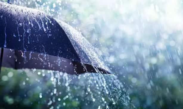 Delhi Monsoon Update: दिल्ली में हो सकती है आज भी तेज बारिश, मौसम विभाग ने जारी किया अलर्ट