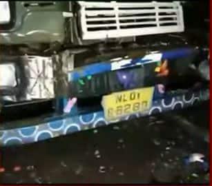 पंजाब से बिहार जा रही बस यूपी में दुर्घटनाग्रस्त, 19 की मौत