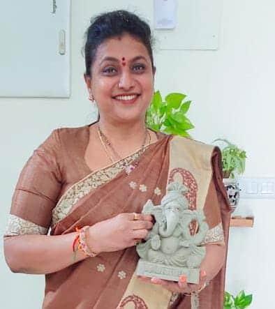 Vinayaka Chavithi 2021: ఎమ్మెల్యే రోజా ఇంట్లో వినాయకుణ్ని చూస్తారా.. ఫోటోలు వైరల్