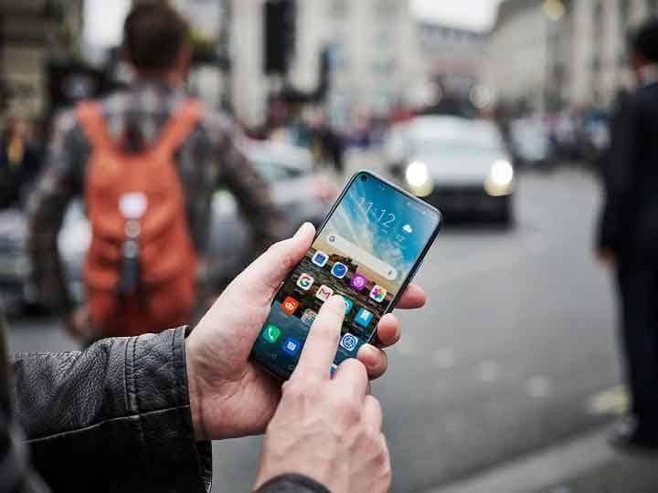 Smartphone Tips: अगर आपका स्मार्टफोन भी बार-बार होता है हैंग तो आज ही करें ये काम