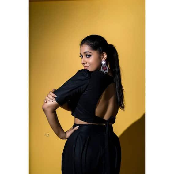 Rashmi Gautam Photos: హాట్ హాట్గా రష్మీ.. బ్లాక్ డ్రెస్లో అదరగొడుతున్న అల్లరి పిల్ల