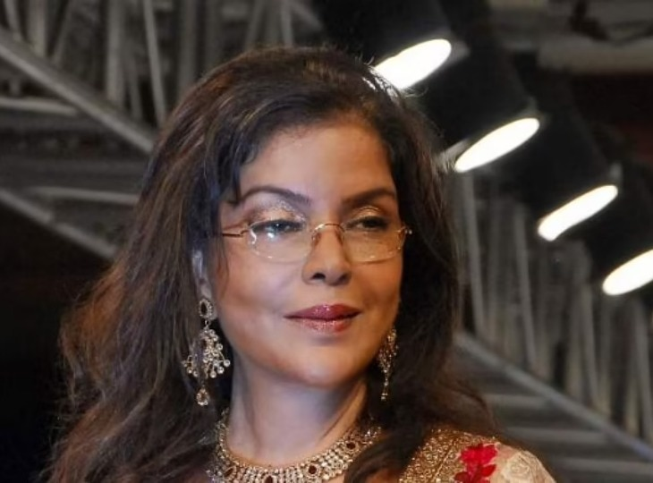Epic song 'Dum Maaro Dum' played at the launch of iPhone 13, Zeenat Aman reacted like this