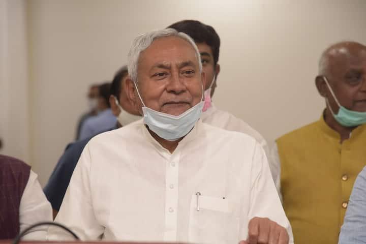 Janta Darbar: फरियाद सुनकर चौंके नीतीश कुमार, तुरंत अधिकारियों को बुलाया, जानें पूरा मामला