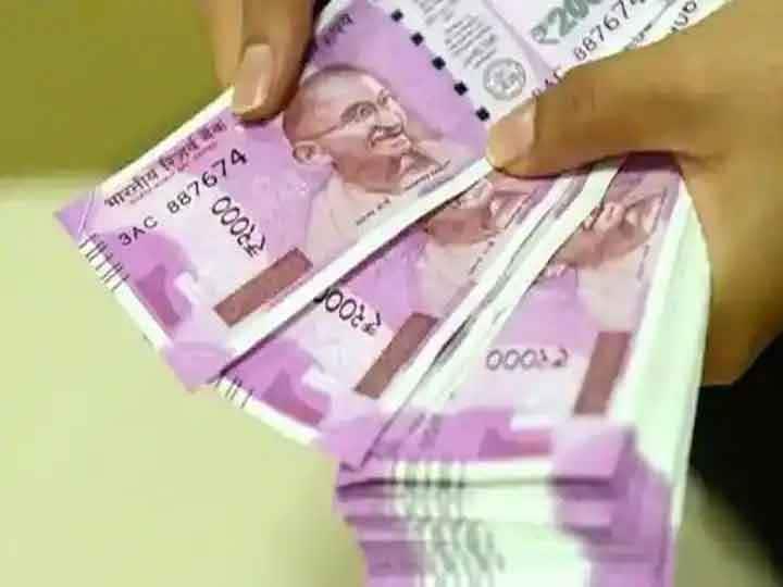 HDFC Bank में निवेश पर निवेशकों को मिला बंपर रिटर्न, लखपति से बना दिया करोड़पति